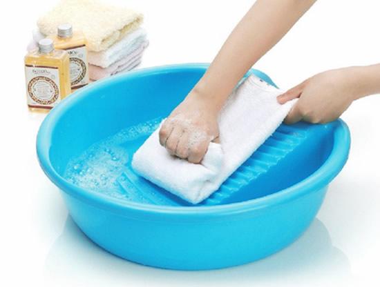 加酶洗涤剂