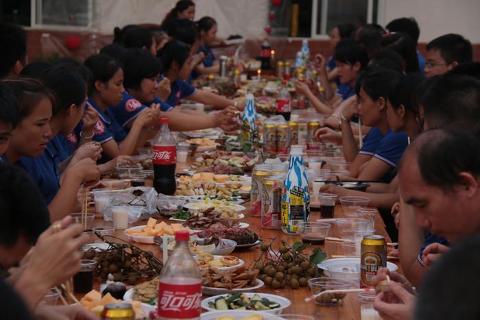 东恒华道酶制剂14周年庆聚餐